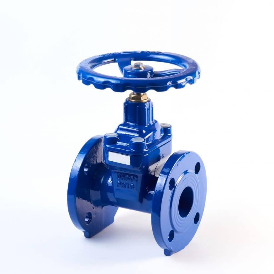 Equipment manufacturing pumps
