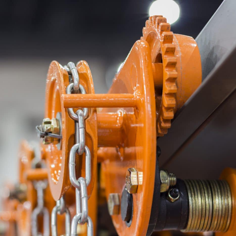 Industrial Steel Chains in orange hoists